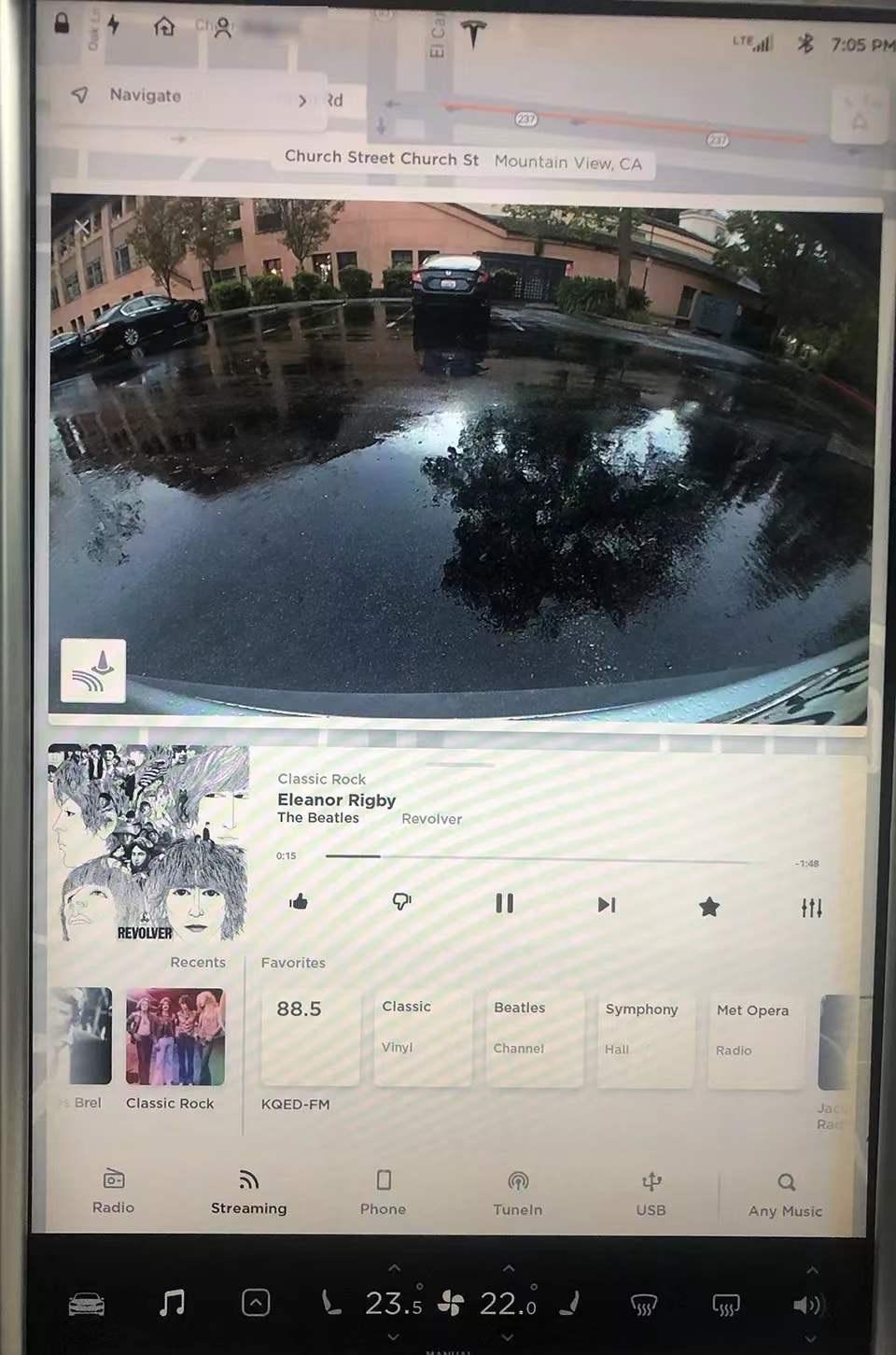 特斯拉Model S 触屏UI:人机交互界面