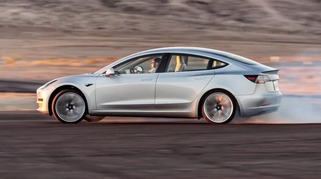 "Model 3已成为新时代的""终极驾驶利器"""