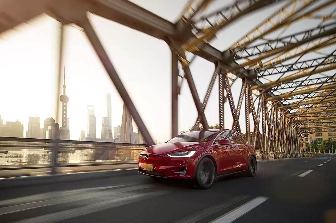 拿奖到手软,Model X 获得Euro NCAP 5星安全评级